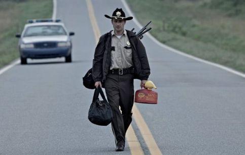 The-Walking-Dead-Season-1-Episode-1-Days-Gone-Bye-21